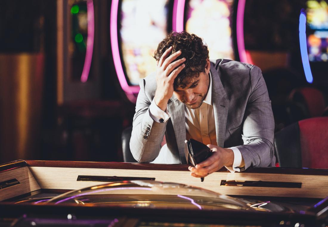 despondent-gambler-losing-at-the-casino